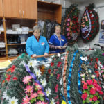 Ритуальные венки, корзины из искусственных цветов